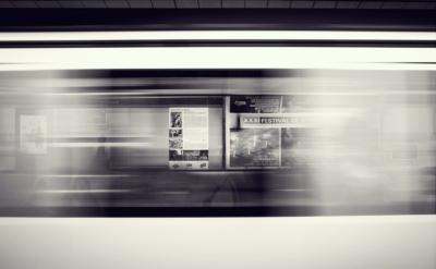 departure-platform-371218_1280-002